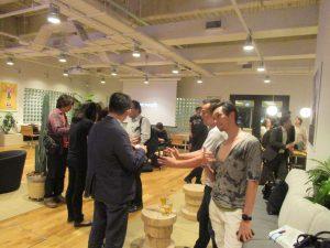 weworkとibbの合同交流会、起業家間での歓談タイム